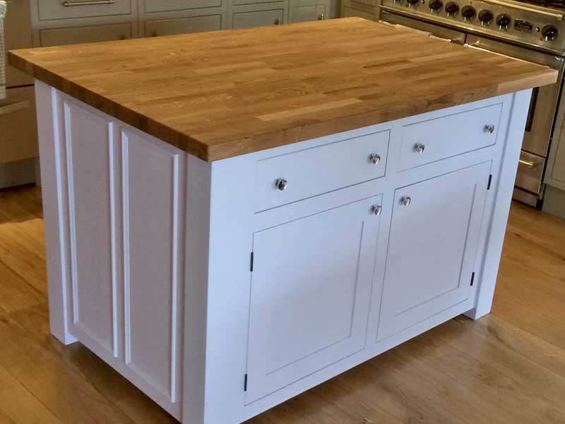 kitchen craftsmenship solid oak units made to measure from The Bramble Tree, Nottinghamshire