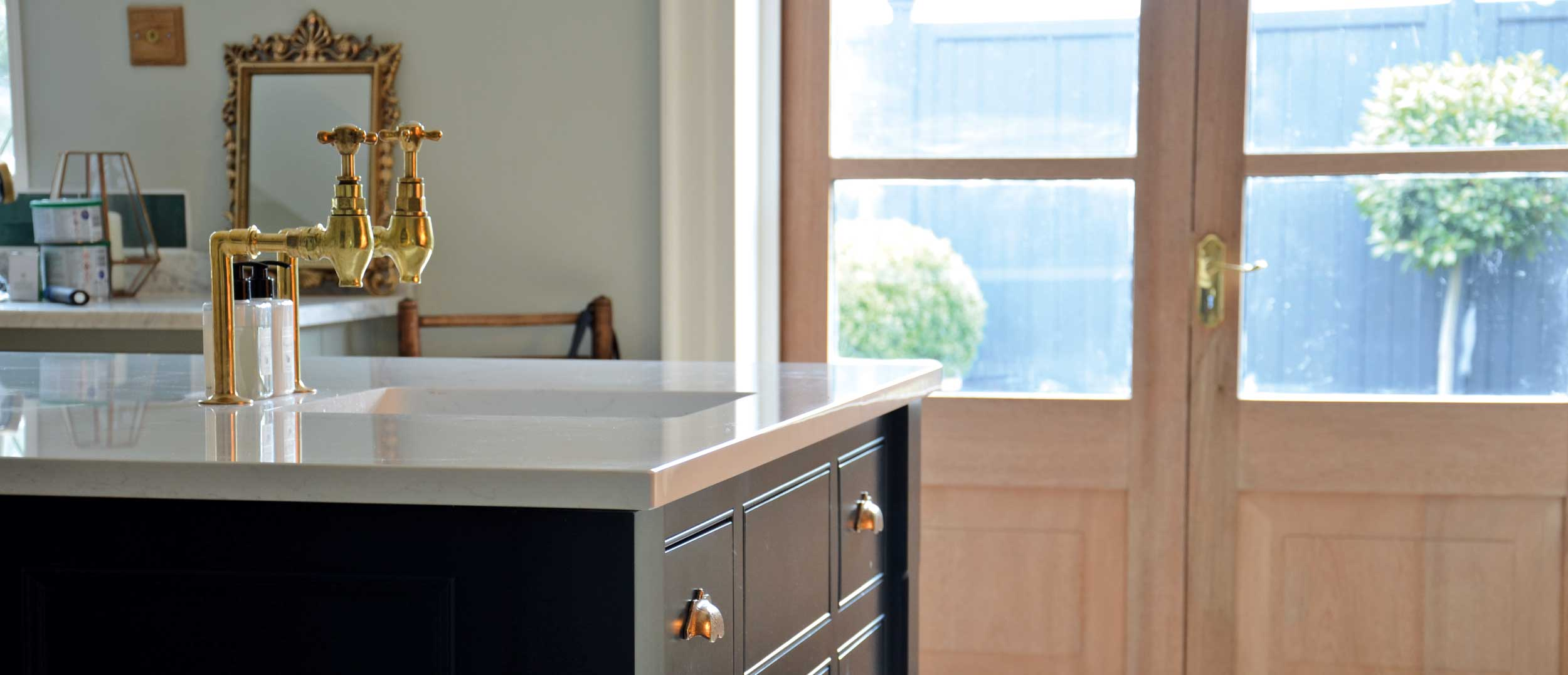 Made to measure bespoke kitchen islands and units.