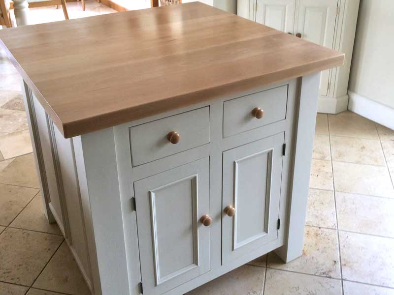 Solid oak and pine kitchen projects, hand made and fitted in ...